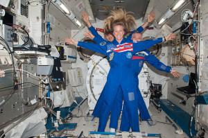 Astronaut_Karen_Nyberg_With_Cosmonaut_Fyodor_Yurchikhin_and_Astronaut_Luca_Parmitano-from-Wikidmedia-Commons-300x199.jpg